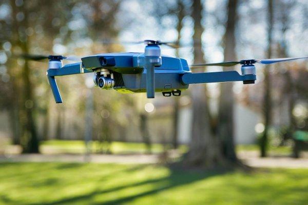 Un drone chargé de cannabis s'écrase à Montréal