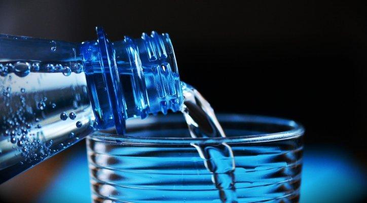 L'eau infusée au CBD la nouvelle fontaine de Jouvence